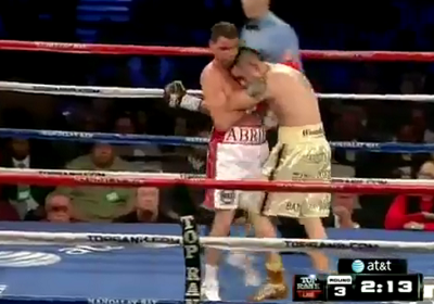Брэндон Риос против Ричард Абриль (Brandon Rios vs Richard Abril) Клинч - clinch