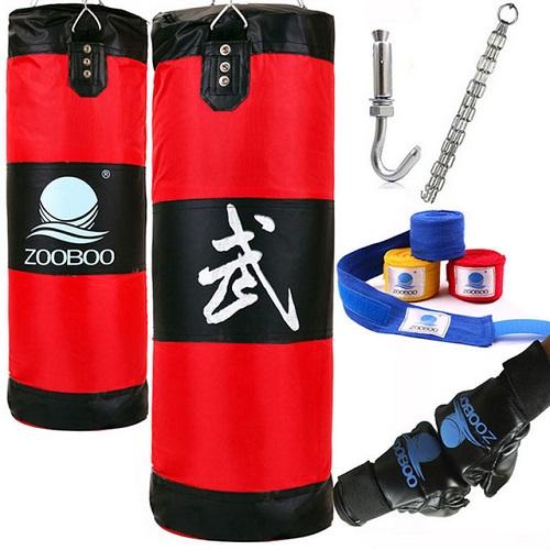 Комплект: боксерский мешок, перчатки, бинты, крепление