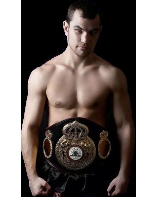 Дмитрий Чудинов — российский боксёр-профессионал