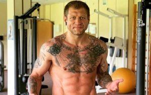 Александр Емельяненко ответил на вызов Чахкиева