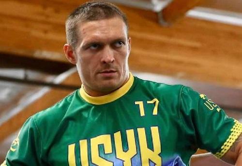 Александр Усик поднялся в рейтингах