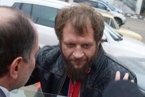 Александр Емельяненко вновь напился до неадекватного состояния