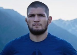 Хабиб Нурмагомедов прекратил подготовку к бою в США и вернулся в Россию