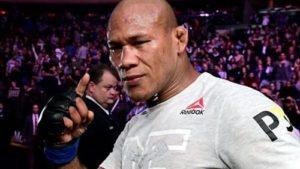 Роналду Соуза выбыл из UFC 249 после положительного теста на вирус