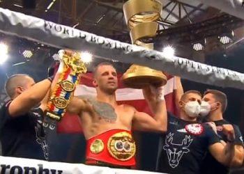 Майрис Бриедис одержал победу Юниером Дортикосом