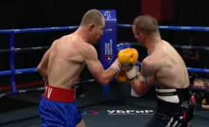 Роман Андреев одержал победу над Павлом Маликовым