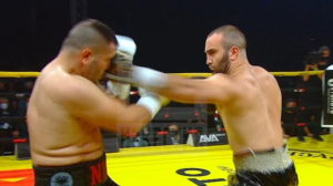 Мурат Гассиев одержал победу над Нури Сефери