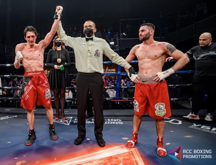 Заур Абдуллаев одержал победу над Жорой Амазаряном