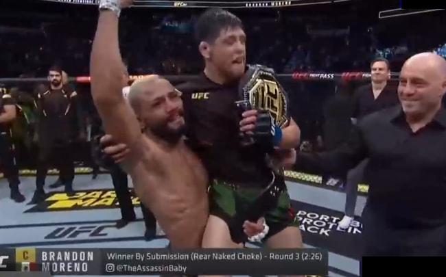 Брэндон Морено победил Дейвсона Фигейредо и стал новым чемпионом UFC